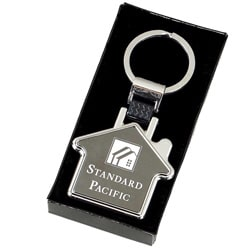 image of personalised new home keyring