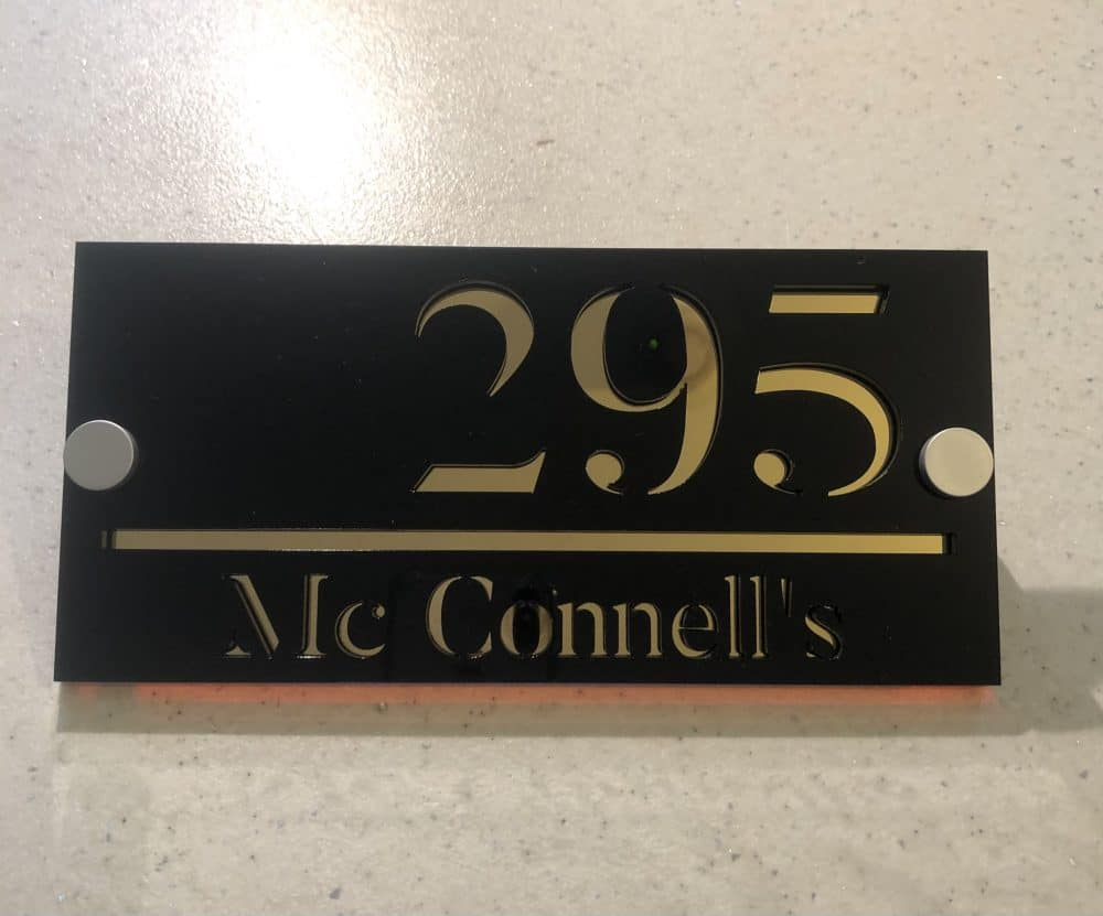 Image of a 200mm x 95mm premium acrylic house signs