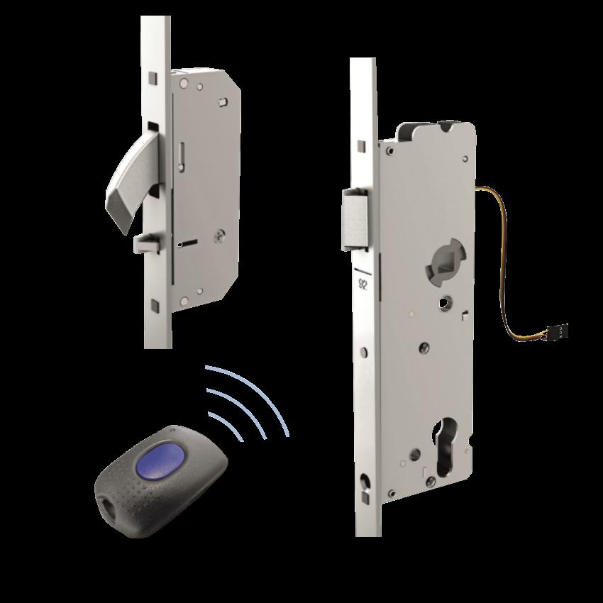 WINKHAUS blueMatic AV2-B Electric Multipoint Lock - 2 Hooks 1 Locksmith in Stirling